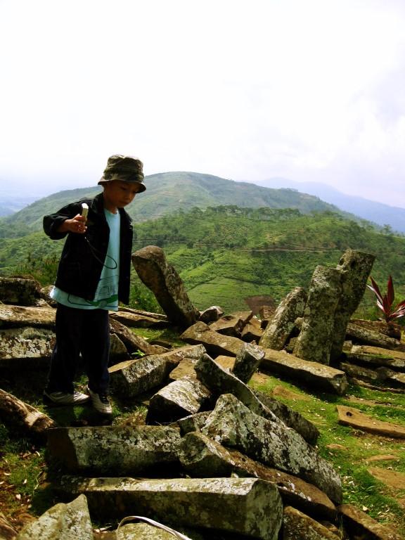 2010-gunung-padang-3-medium